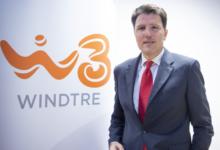 Photo of WindTre premiata come migliore operatore per assistenza clienti e per il servizio ADSL