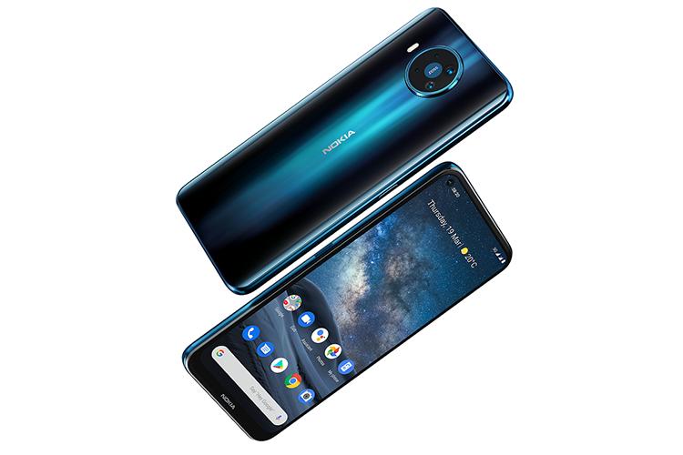 nokia 8.3 5g smartphone fronte e retro